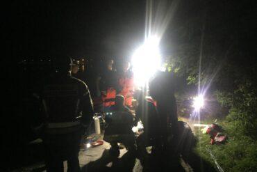 Strażacy i ratownicy medyczni prowadzący działania medyczne